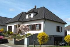 Referenzprojekte Ziegel und Betondachsteindeckung Wohnhaus Duppigheim, Elsass